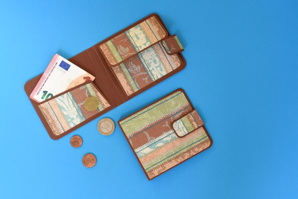 Karten, Schachteln, Taschen & Verpackungen (46)